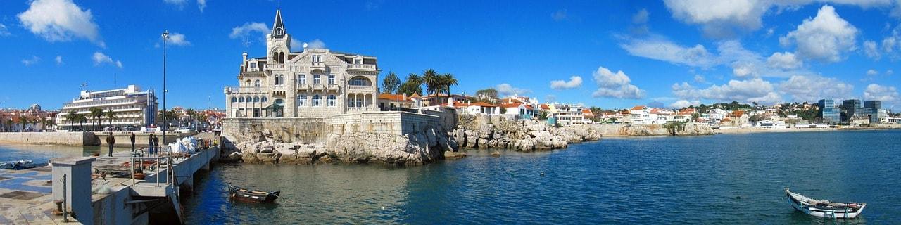 https://pixabay.com/en/cascais-portugal-panorama-port-sea-1083696/
