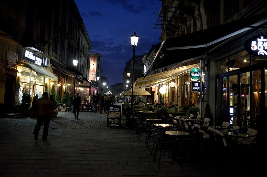 Centrul Vechi at Night 2 J Stimp Flickr