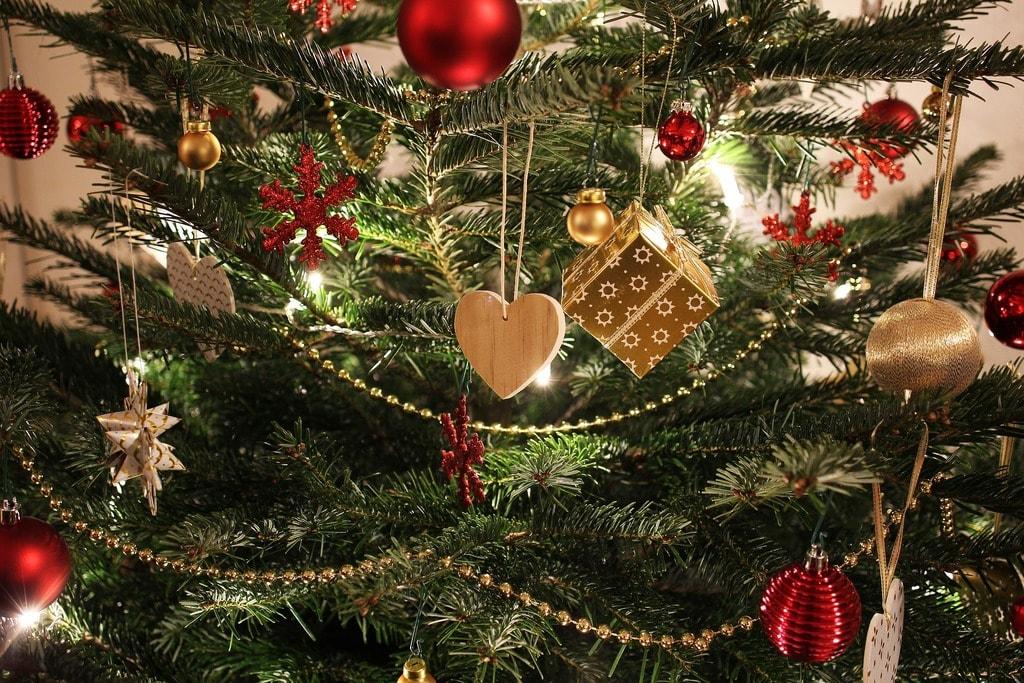 - How Do Romanians Celebrate Christmas?