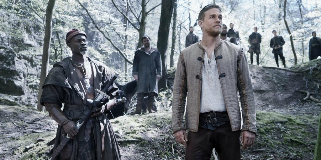 Djimon-Hounsou-and-Charlie-Hunnam-in-King-Arthur-Legend-of-the-Sword