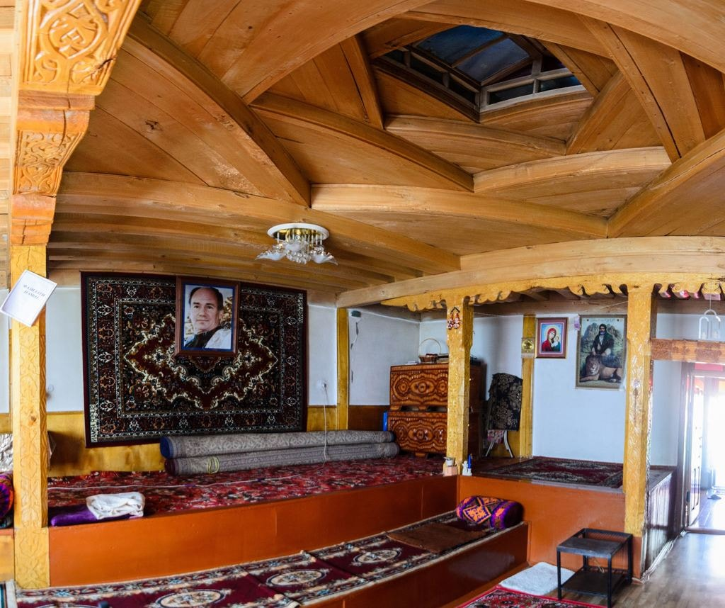 Interior Decoration in a Pamiri House © Alovaddin Kalonov / Paramount Journey