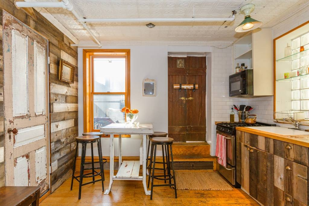 Country cottage in the city in East Village | Courtesy of Meredith/Airbnb