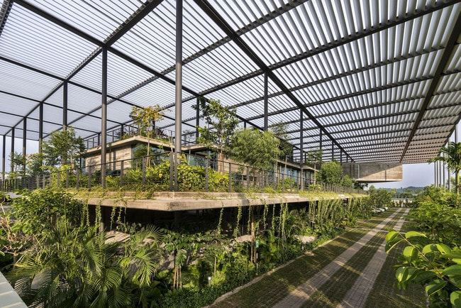 Factory In The Forest_ Penang, Malaysia_ Courtesy of Design Unit Sdn Bhd with Chin Kuen Cheng Architect_ 2017 © Lin Ho