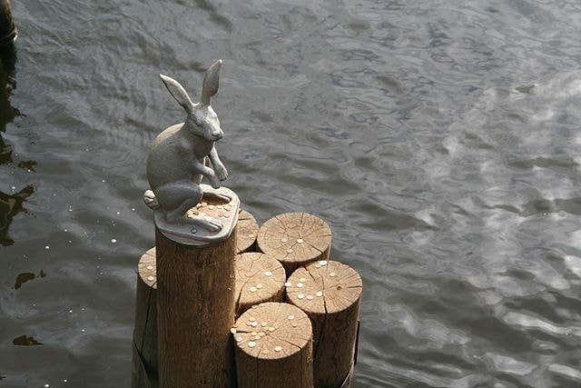 Hare_at_the_Peter_&_Paul_Fortress