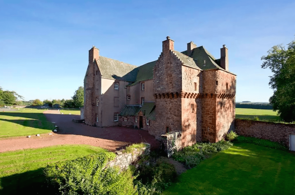 Historic Scottish Borders Castle | © Airbnb