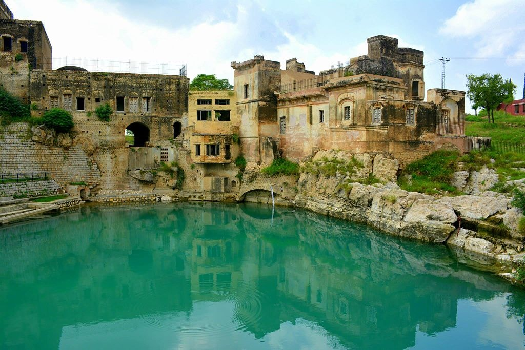 e4f94c4a09 13 Reasons Why You Should Visit Pakistan At Least Once