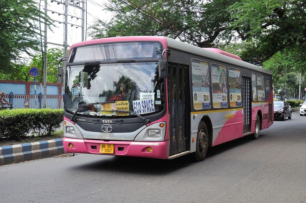 Kolkata Public Bus Biswarup Ganguly WikiCommonc