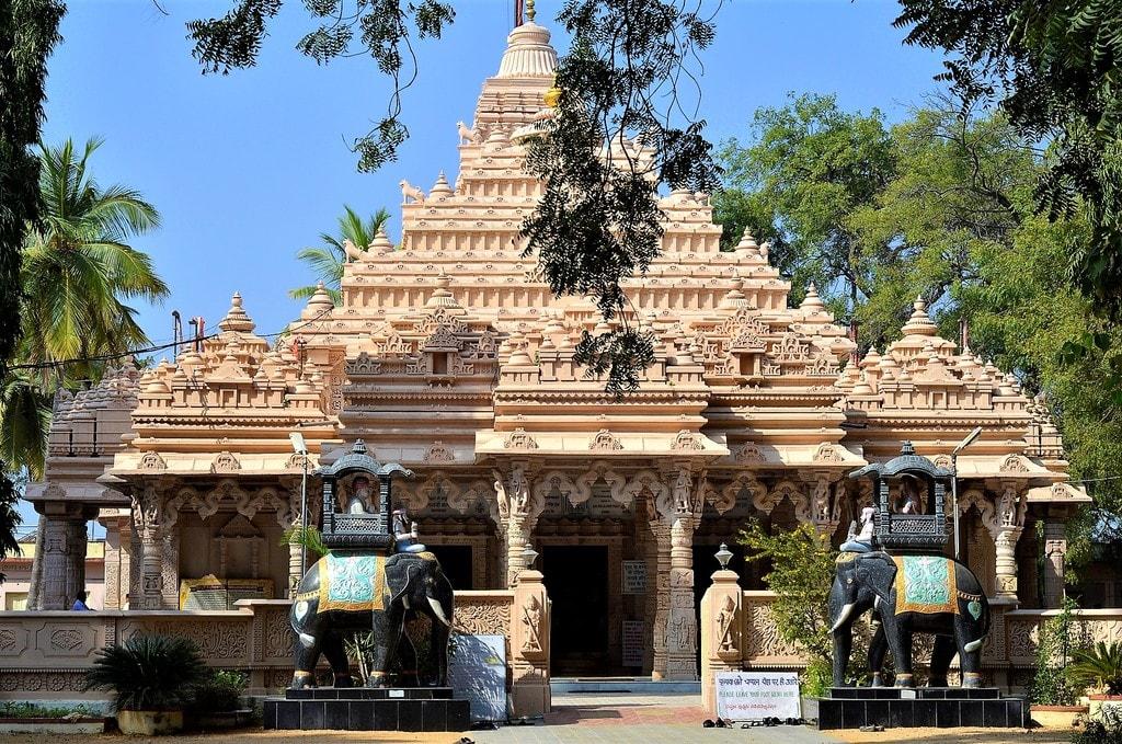 Shree Kulpakji Jain Temple, Kolanpak, Aler