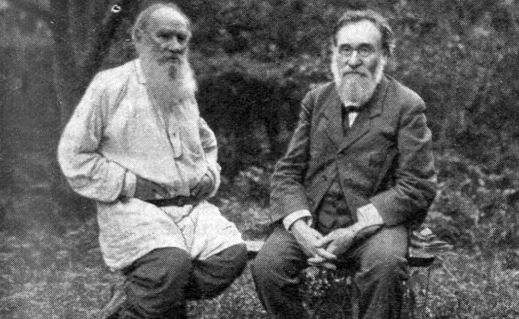 https://commons.wikimedia.org/wiki/File:Leo_Tolstoy_%26_Ilya_Mechnikov.jpg
