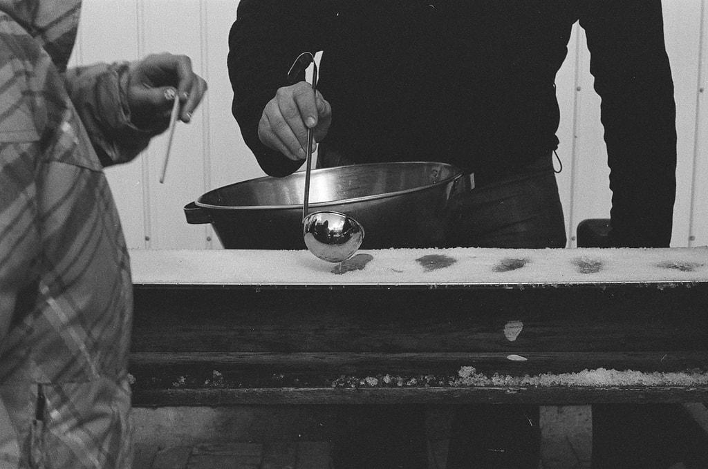 making maple taffy