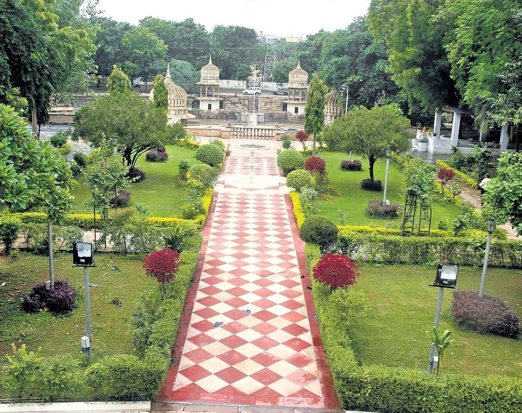 Moti Mahal Garden