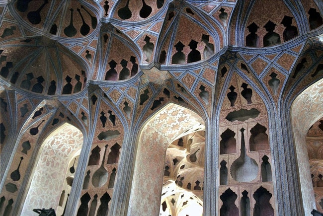 Music room at the Ali Qapu Palace   ©PROFulvio Spada:flickr