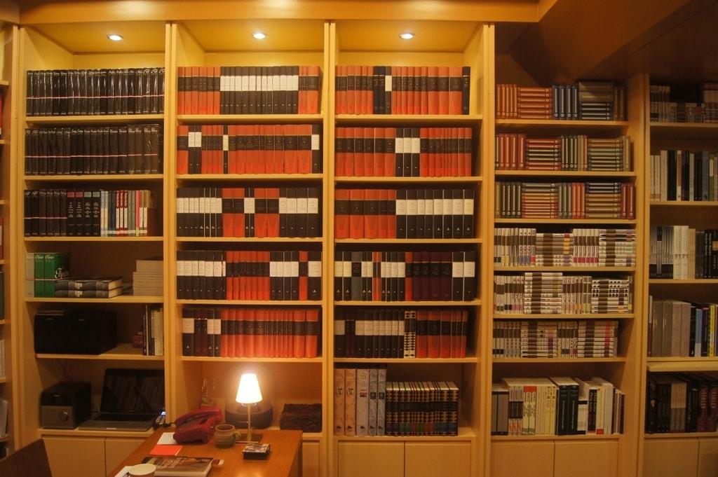 Optimized-The Little Bookshop 2 - Beirut