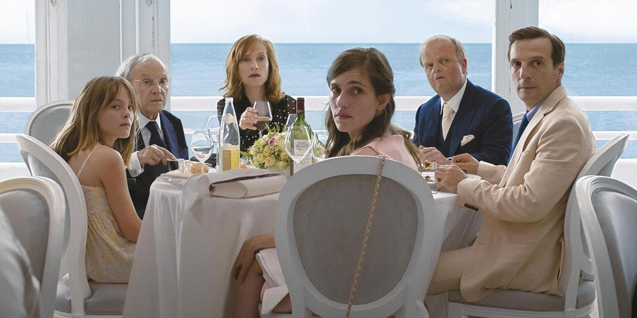 Fantine Harduin, Jean-Louis Trintignant, Isabelle Huppert, Laura Verlinden, Toby Jones, and Mathieu Kassovitz in 'Happy End' | © Sony Pictures Classics