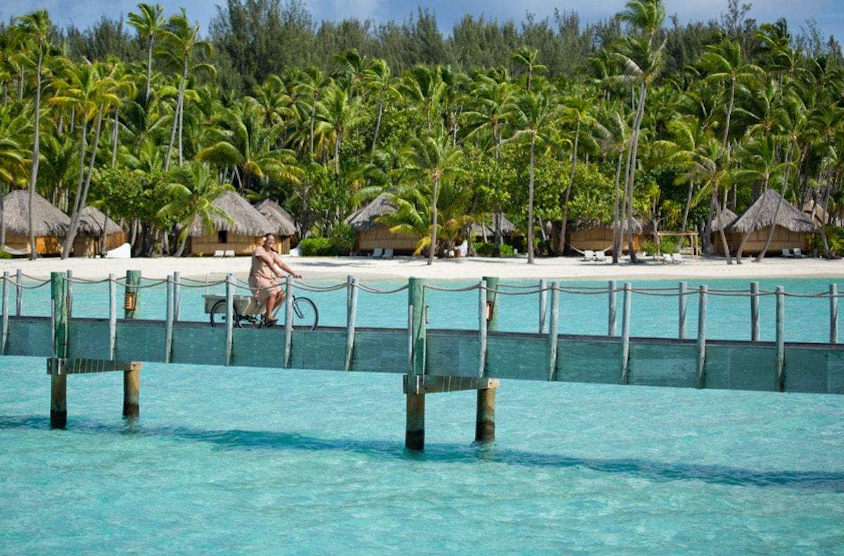 Bike touring| © Tahiti Tourisme