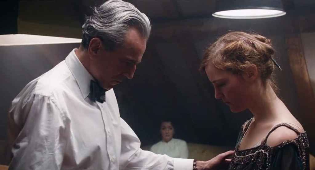 Daniel Day-Lewis and Vicky Krieps in 'Phantom Thread' | © Focus Features