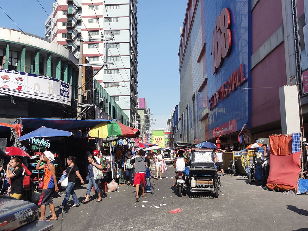 Pic_geo_photos_-_ph=mm=manila=tondo=divisoria=c.m._recto_ave.=168_shopping_mall;_999_shopping_mall_-philippines--2015-0624--ls-