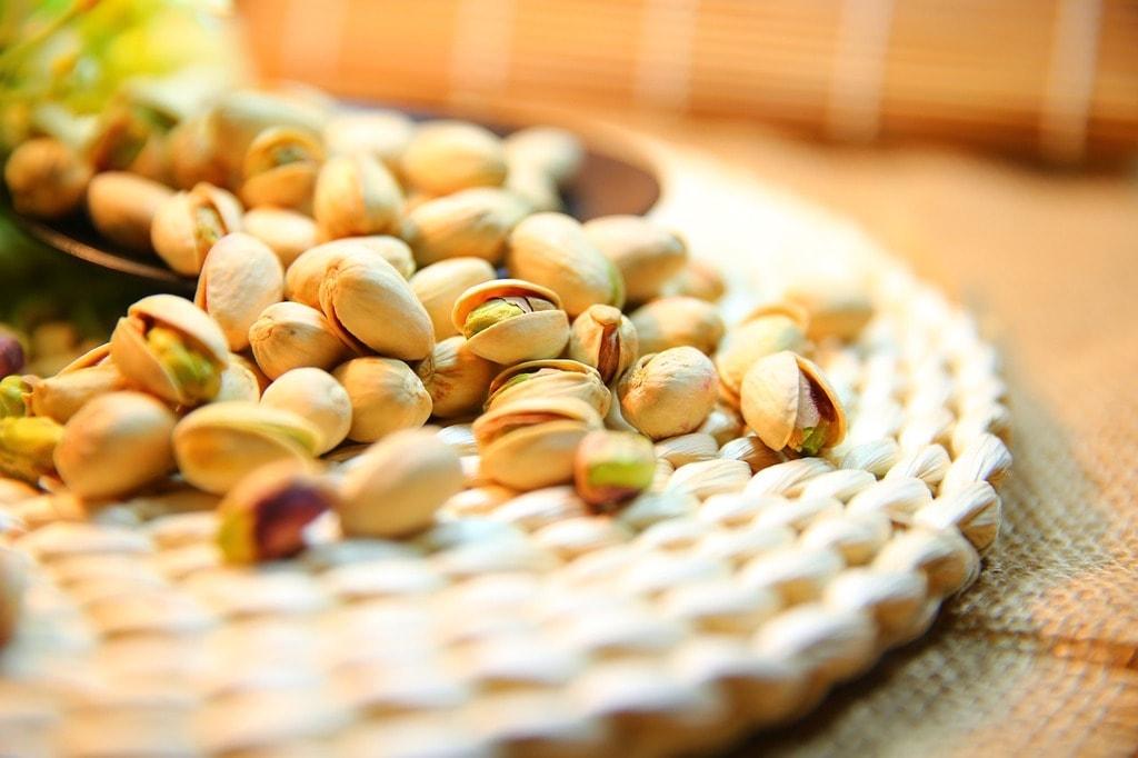 pistachio-1098173_1280