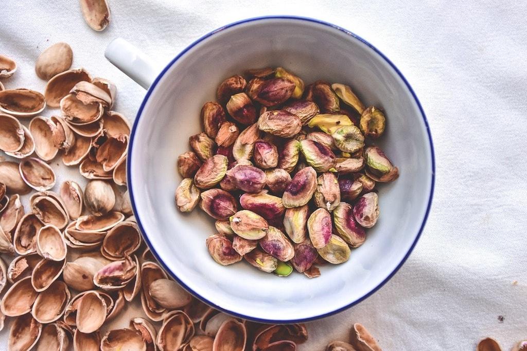 pistachios-2221154_1280
