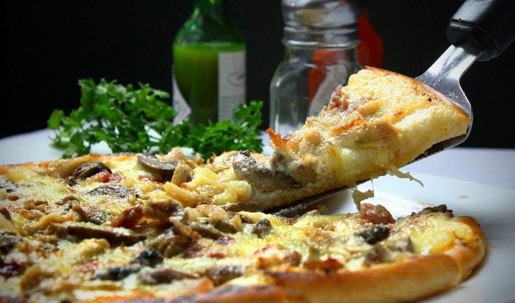 pizza-329523_1280