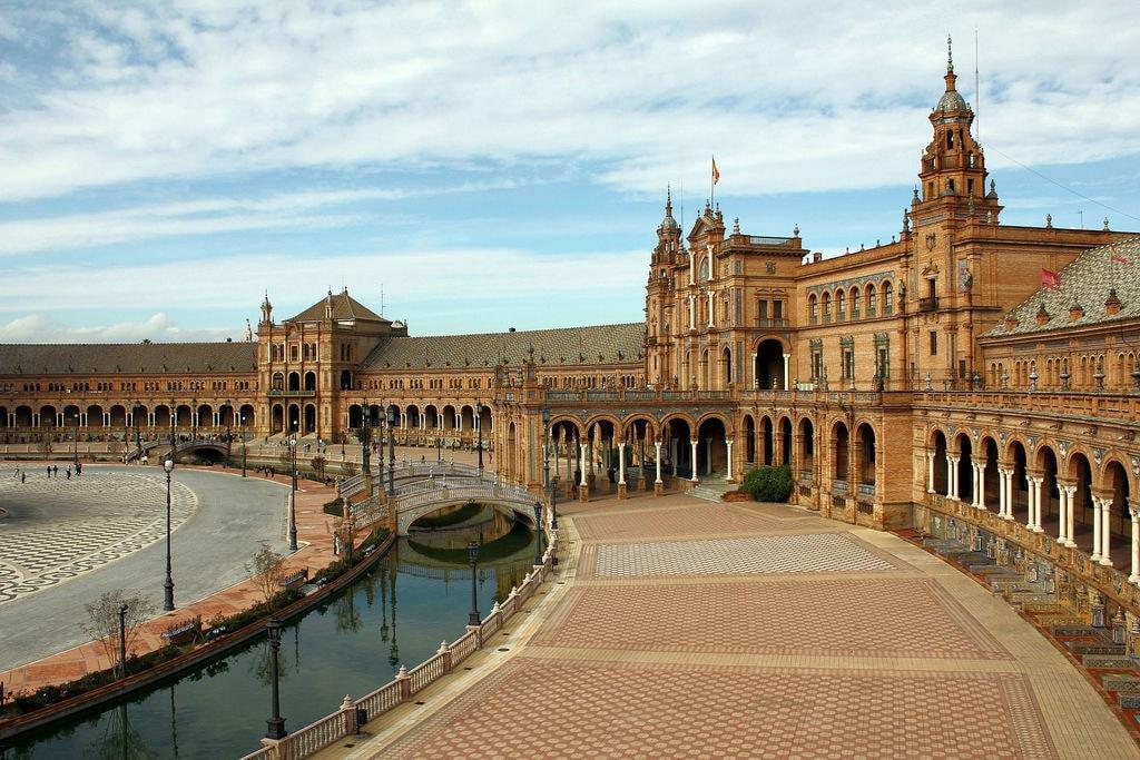 plaza-de-espana-1644624_1920