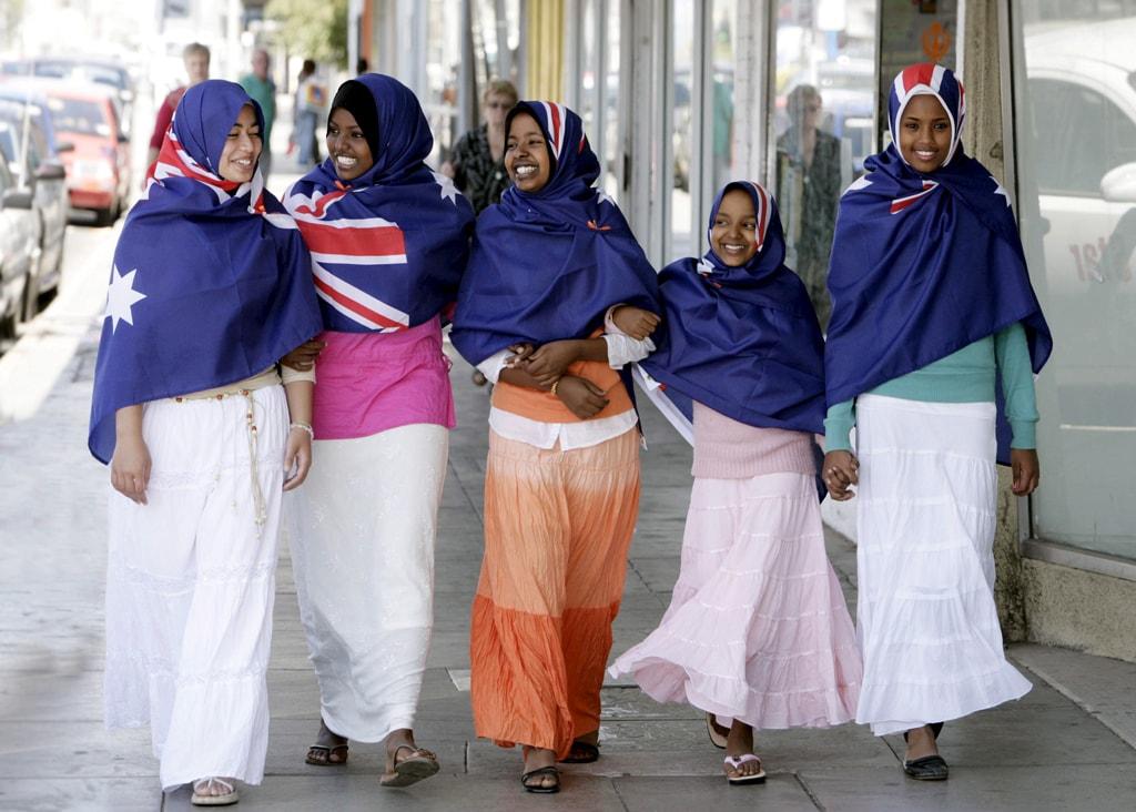 Australia Muslim Women Flag Hijabs - Mar 2006