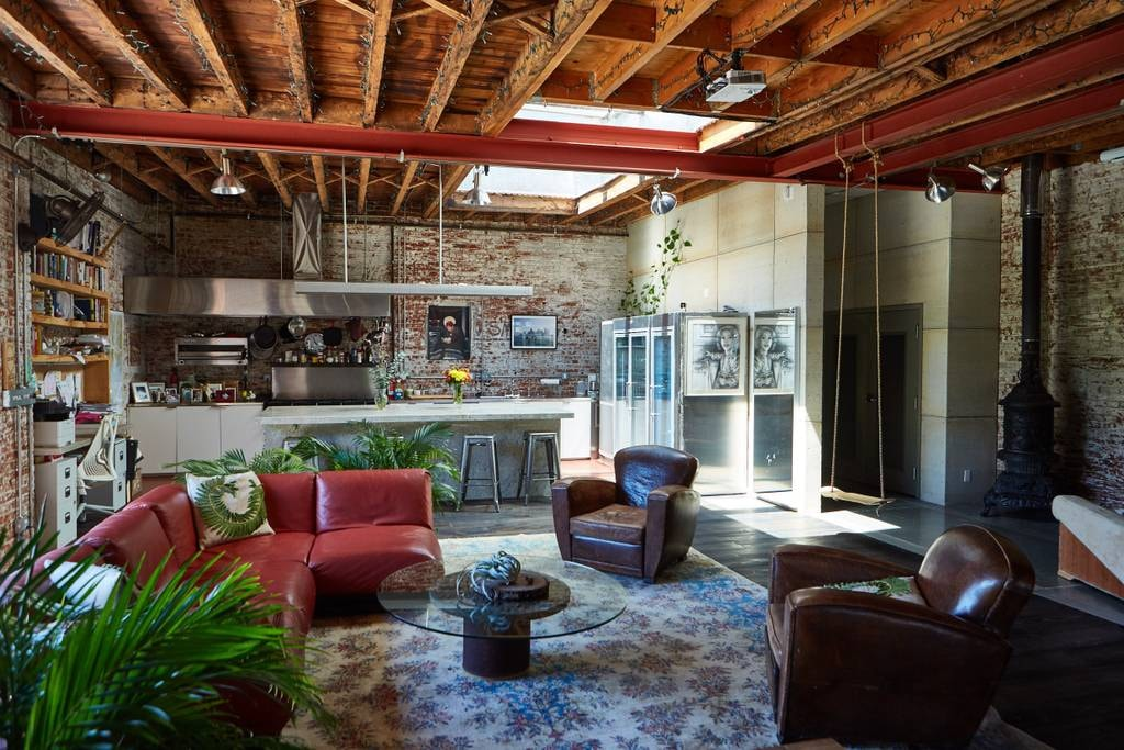 Stylish warehouse space in Red Hook | Courtesy of Cee/Airbnb