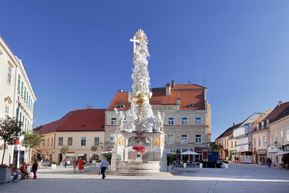 Plague Column in Baden, Austria | © volkova natalia/Shutterstock