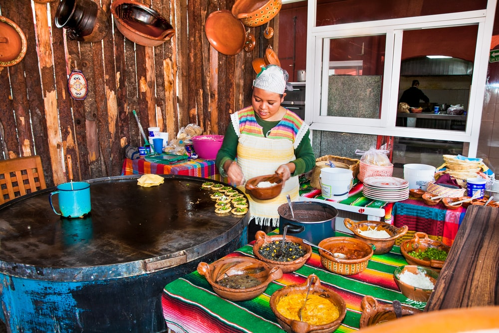 Mexican chef in Teotihuacan | © Aleksandar Todorovic/Shutterstock