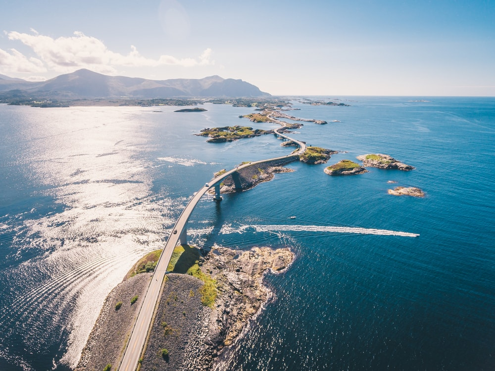 Atlantic Road, Norway | © Dmitry Tkachenko Photo/Shutterstock