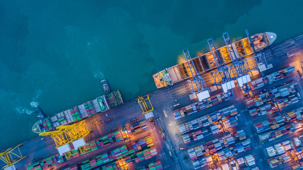 Containers and shipping freighters capture by drone | © Avigator Thailand/Shutterstock