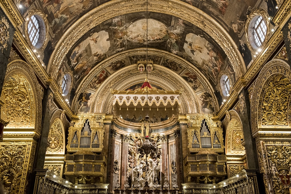 Interior of Saint John's Co-Cathedral at the city of Valletta in Malta | © Giannis Papanikos/Shutterstock
