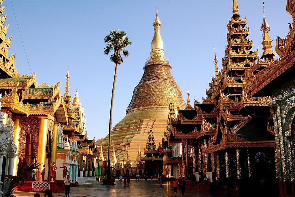Shwedagon-Pagoda-Daytime-Yangon-Myanmar
