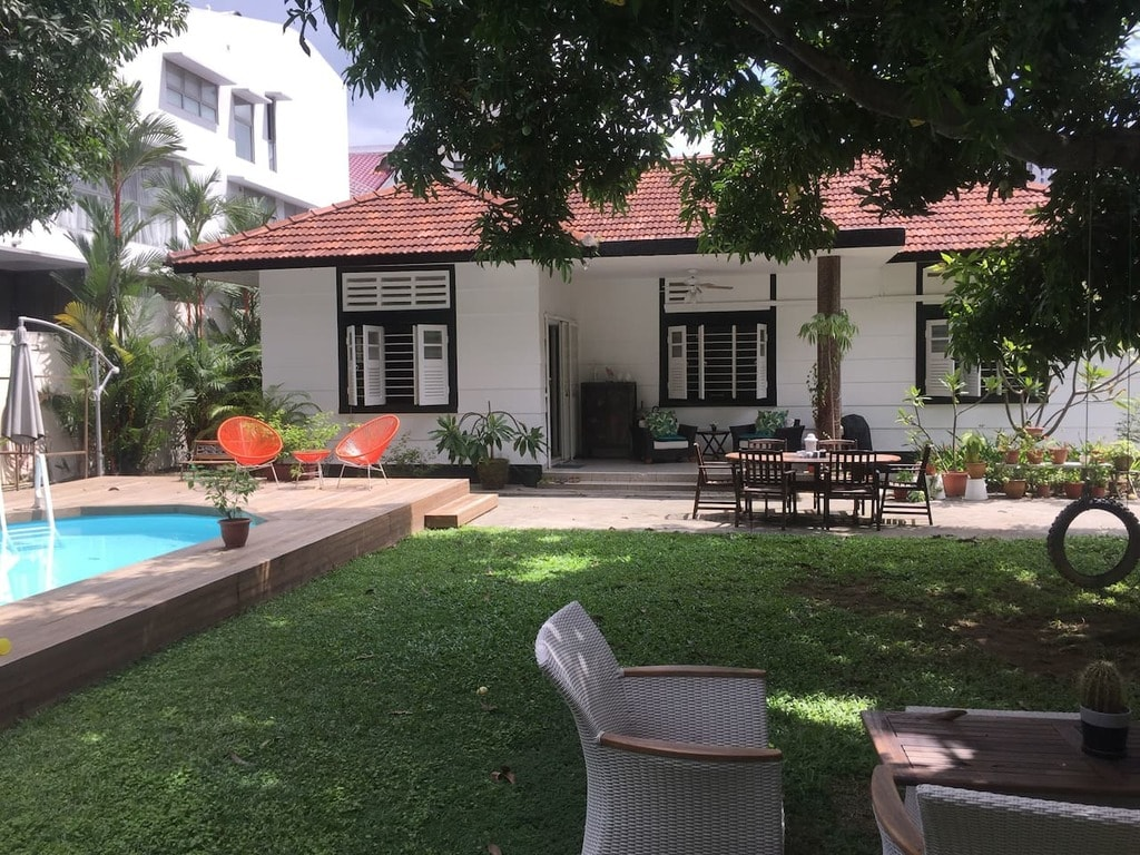 Singapore Airbnb BnW Bungalow Mountbatten