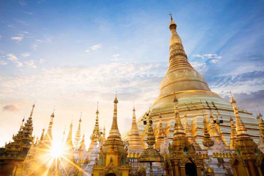A Guide To Myanmar S Shwedagon Pagoda