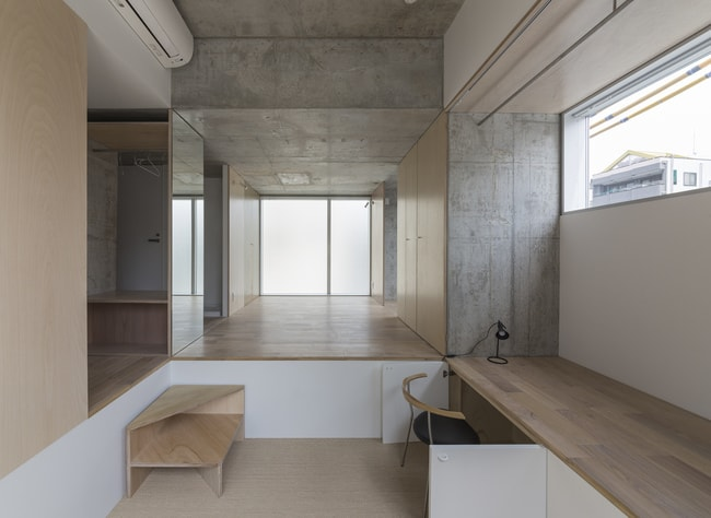 Tatsumi Apartment House, Tokyo, Japan_ Courtesy of Hiroyuki Ito Architects_ 2016 © Shinkenchiku-sha