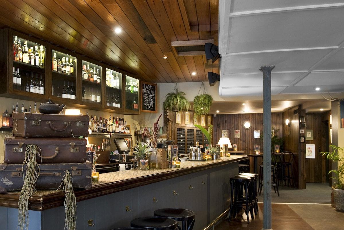 The 10 Best Bars In Kirribilli Sydney