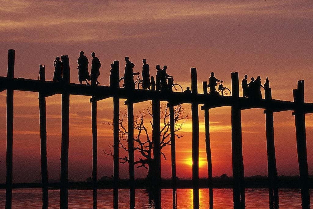 U-Bein-Bridge-Myanmar-Sunset