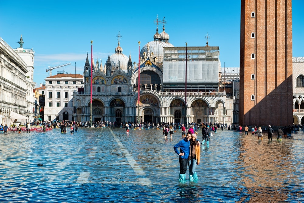 Acqua alta in St. Mark's Square, Venice in October 2015 | © PlusONE / Shutterstock