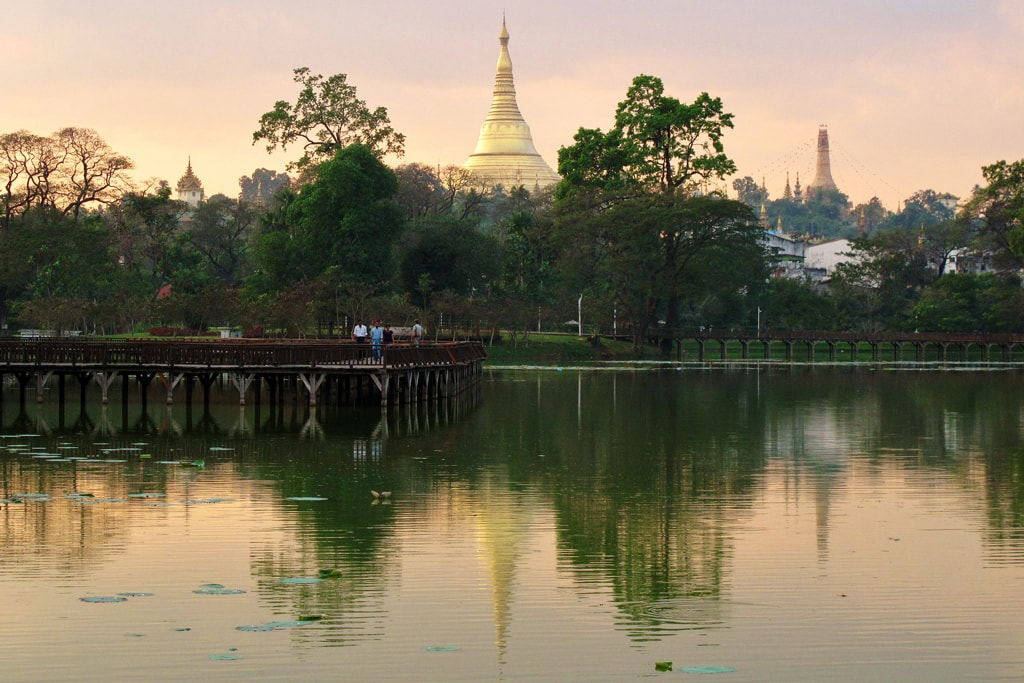 View-of-the-Shwedagon-from-Kandawgyi-Lake