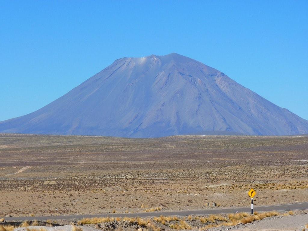 volcano-43325_1280