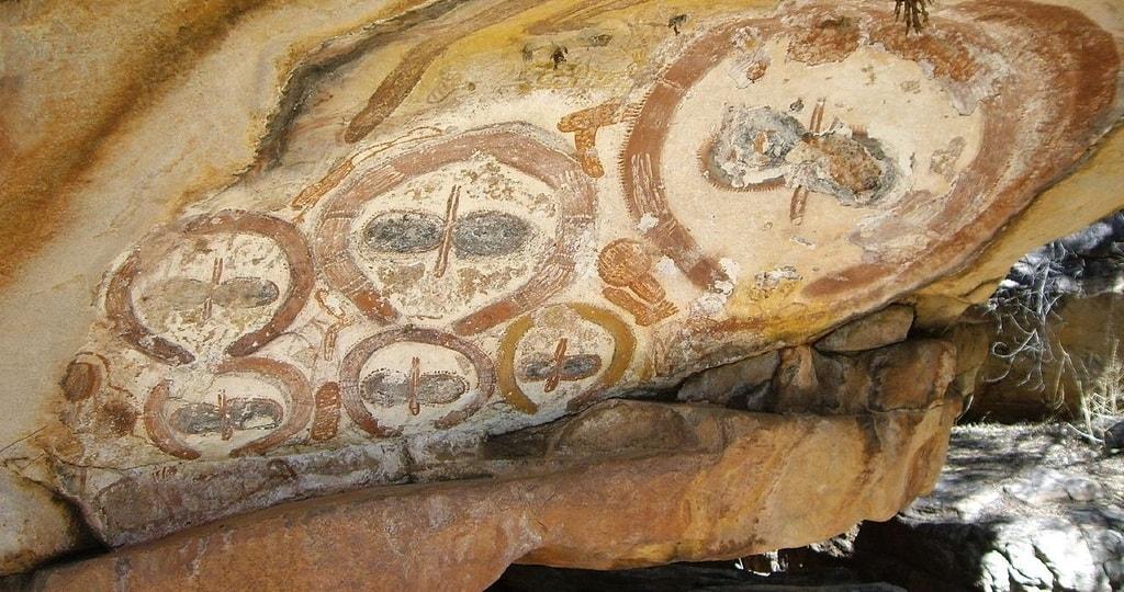 Wandjina Rock Art | © Claire Taylor/Wikimedia Commons