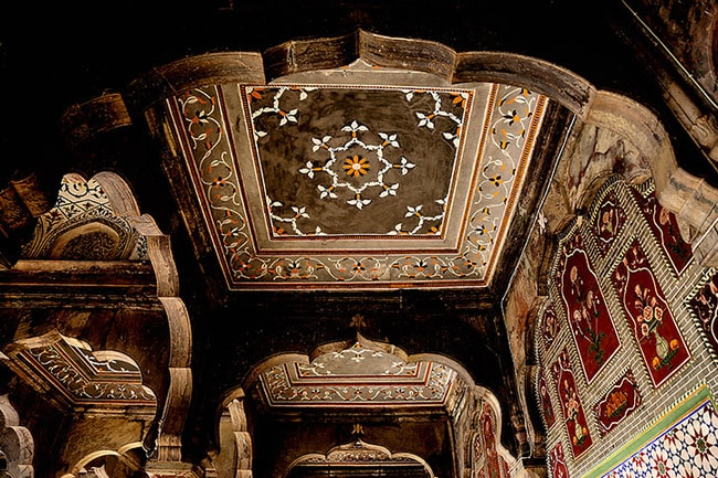 Wood work of Chiniot Web
