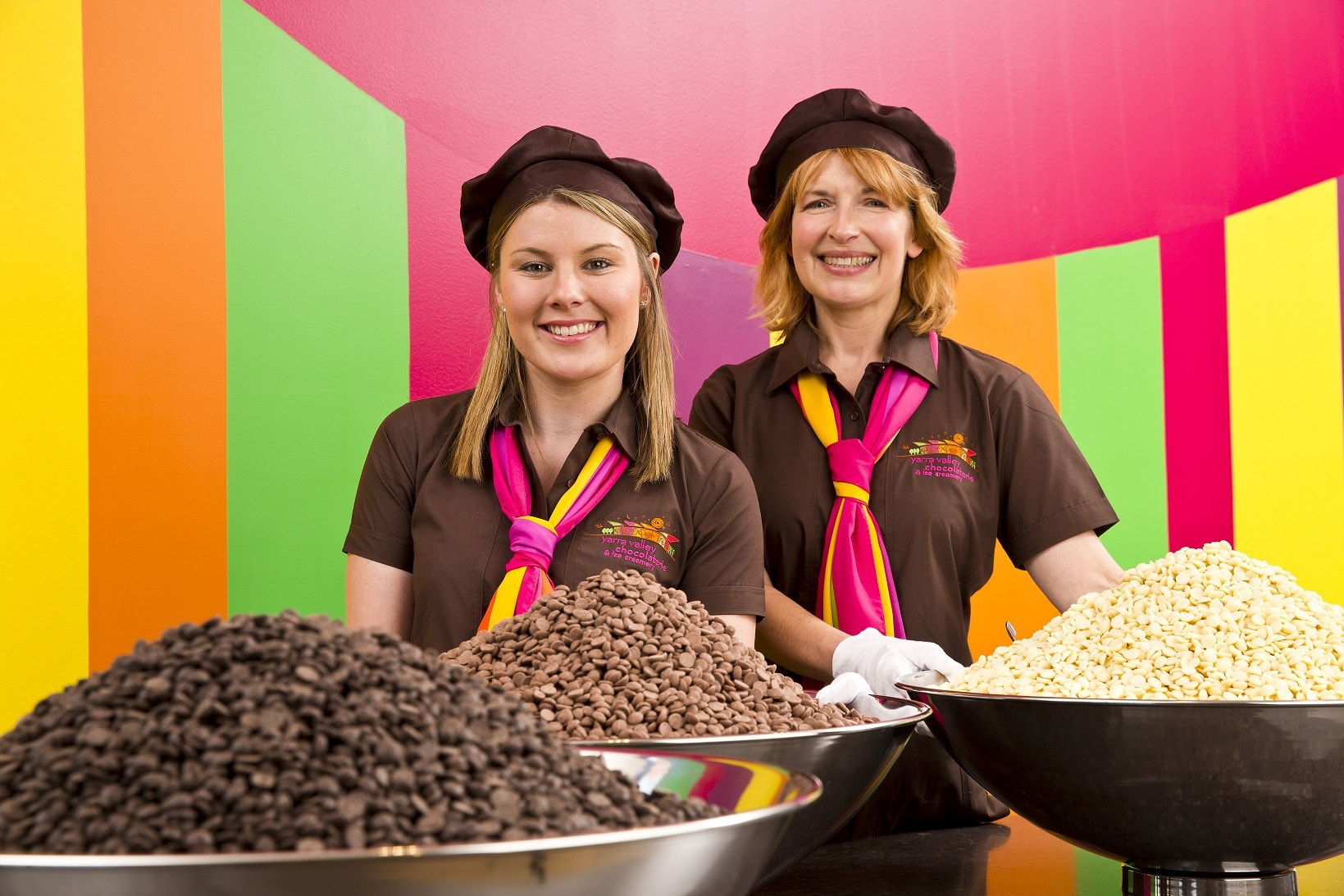 Yarra Valley Chocolaterie & Ice Creamery_visitors welcomed with free chocolate tastings