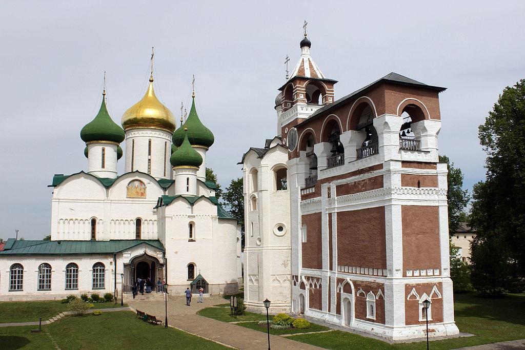 1024px-Спасо-Преображенский_собор(Суздаль).