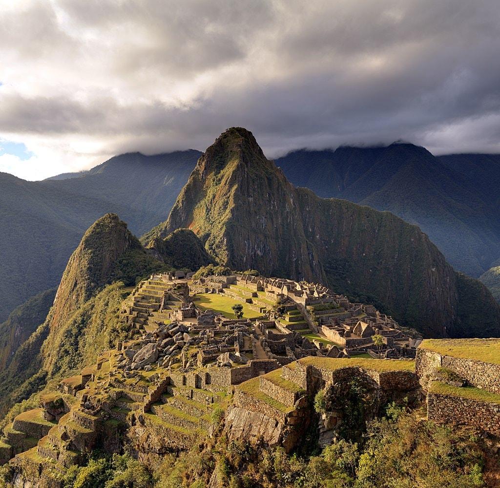 1024px-80_-_Machu_Picchu_-_Juin_2009_-_edit.2