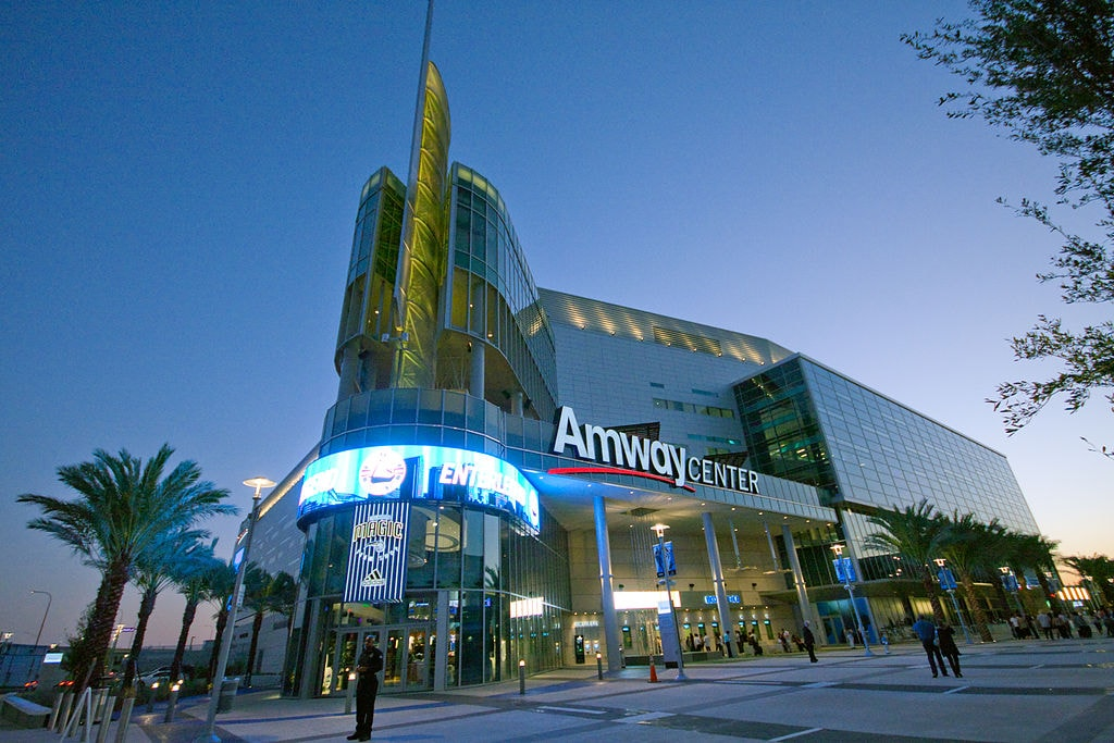 1024px-Amway_Center