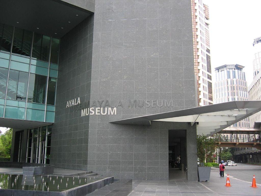 1024px-Ayala_Museum