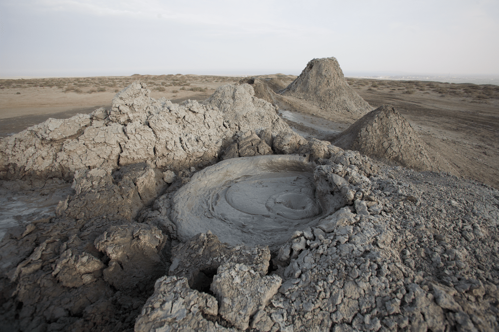 1024px-Gobustan_State_Reserve_05