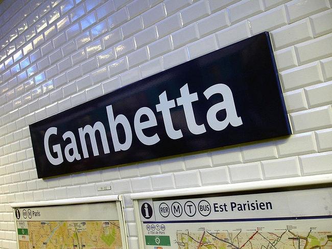 1024px-Metro_de_Paris_-_Ligne_3_-_Gambetta_07